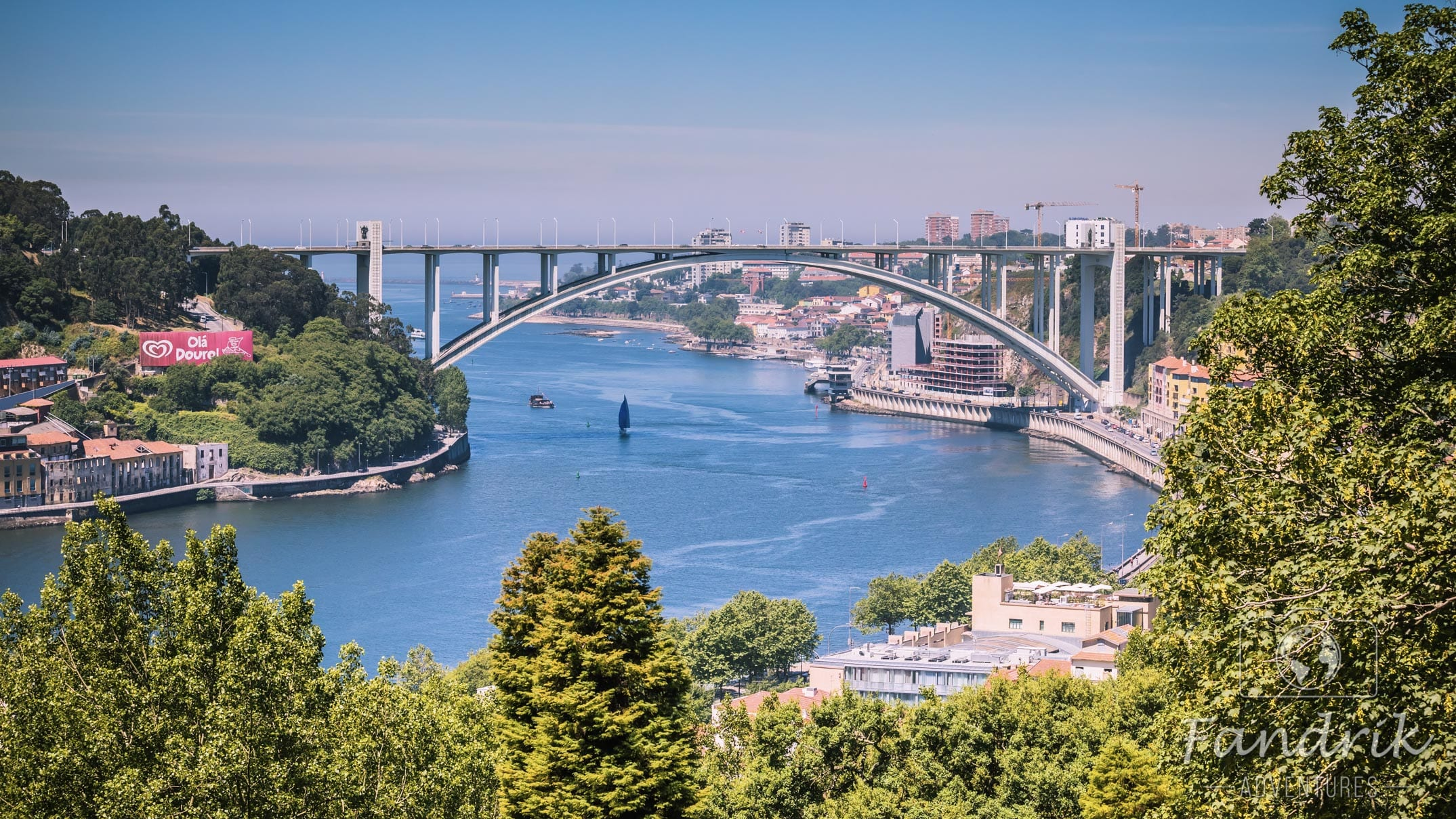 The view of the Douro River and a gigantic arch bridge.