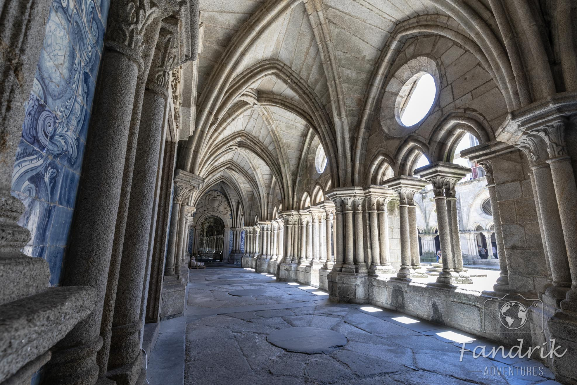 The famous portico of Porto Cathedral.